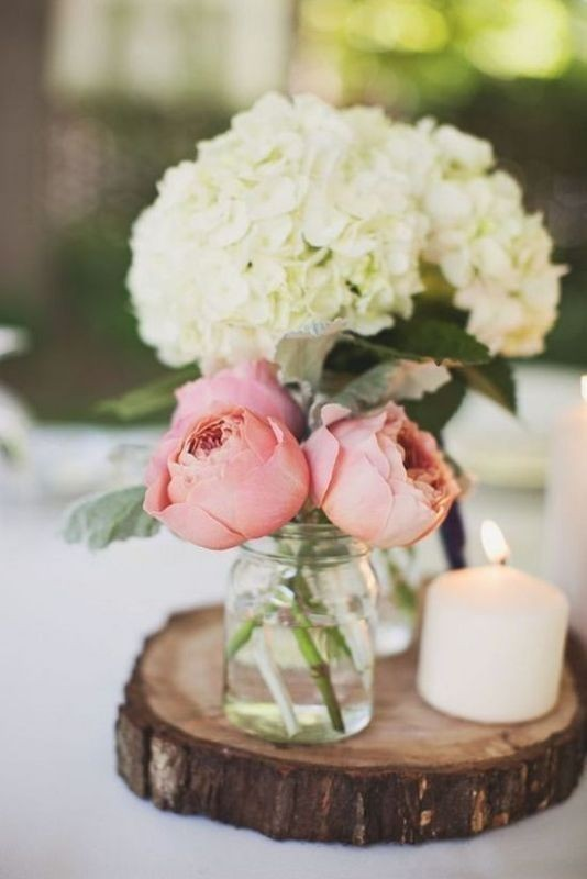 non-traditional-wedding-vases-21 11 Tips on Mixing Antique and Modern Décor Styles