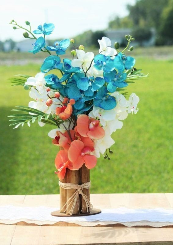 non-traditional-wedding-vases-23 79+ Insanely Stunning Wedding Centerpiece Ideas