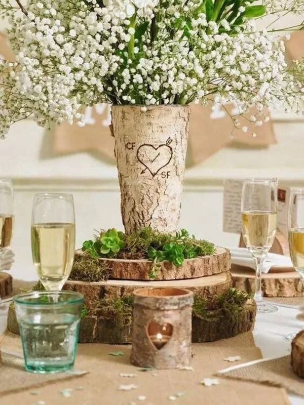 non-traditional-wedding-vases-26 11 Tips on Mixing Antique and Modern Décor Styles