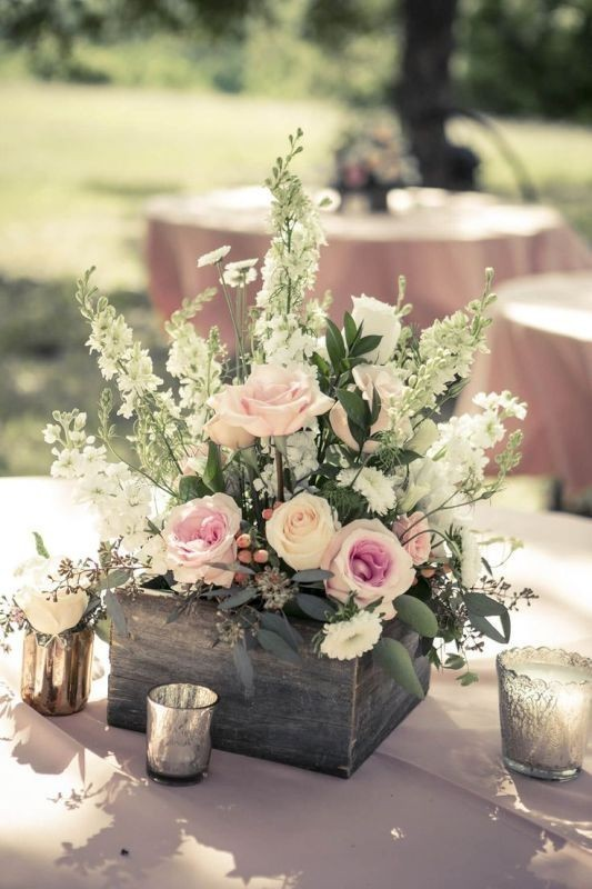 non-traditional-wedding-vases-7 79+ Insanely Stunning Wedding Centerpiece Ideas