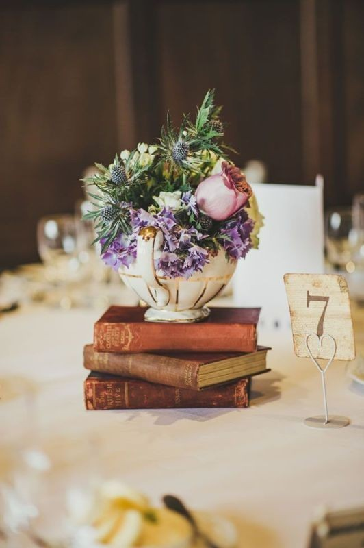 non-traditional-wedding-vases 11 Tips on Mixing Antique and Modern Décor Styles