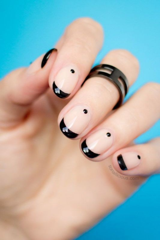 nude-nails-3 16+ Lovely Nail Polish Trends for Spring & Summer 2018