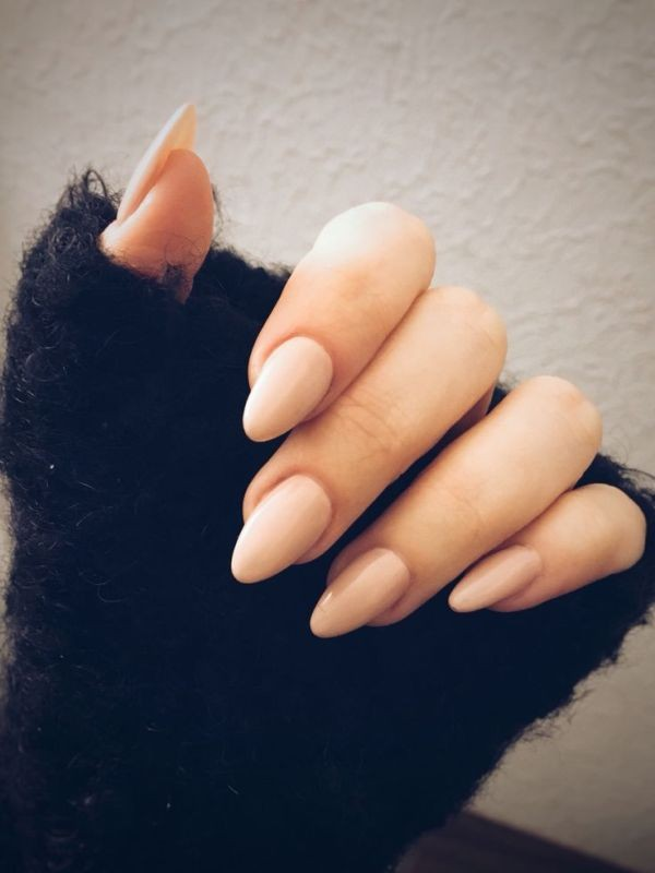 nude-nails-9 16+ Lovely Nail Polish Trends for Spring & Summer 2018