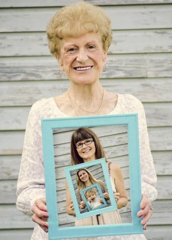 photo-frames 35 Unexpected & Creative Handmade Mother's Day Gift Ideas