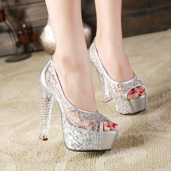 platform-shoes-13 11+ Catchiest Spring / Summer Shoe Trends for Women 2020