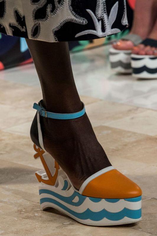 platform-shoes-7 11+ Catchiest Spring / Summer Shoe Trends for Women 2020