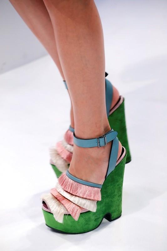 platform-shoes-8 11+ Catchiest Spring / Summer Shoe Trends for Women 2020