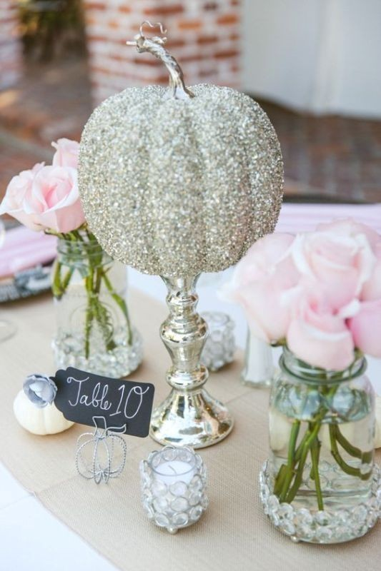 pumpkin-wedding-centerpieces-1 11 Tips on Mixing Antique and Modern Décor Styles