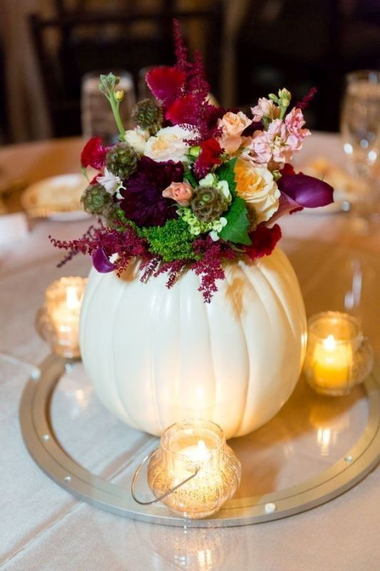 pumpkin-wedding-centerpieces-2 11 Tips on Mixing Antique and Modern Décor Styles