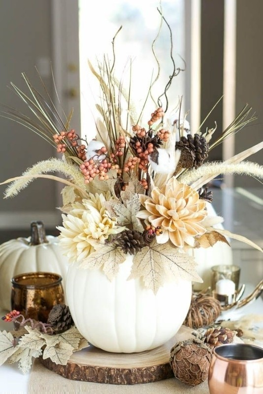 pumpkin-wedding-centerpieces-5 11 Tips on Mixing Antique and Modern Décor Styles