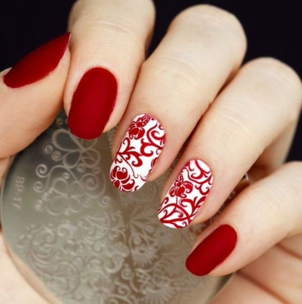 red-nails-3 16+ Lovely Nail Polish Trends for Spring & Summer 2018
