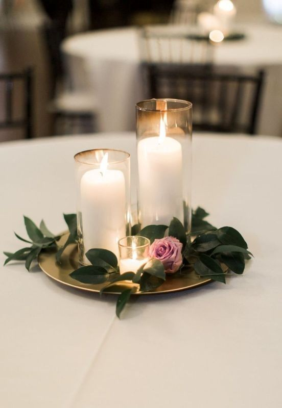 single-flower-wedding-centerpieces-7 11 Tips on Mixing Antique and Modern Décor Styles