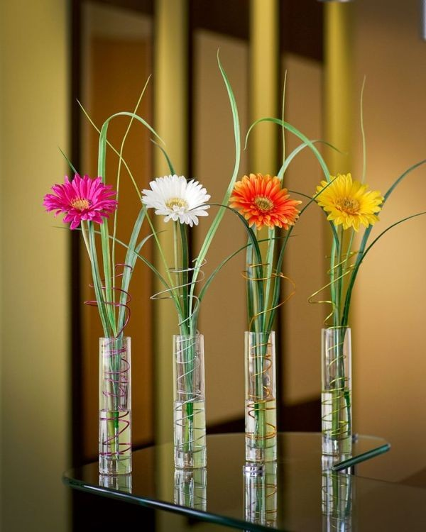 single-flower-wedding-centerpieces-9 79+ Insanely Stunning Wedding Centerpiece Ideas