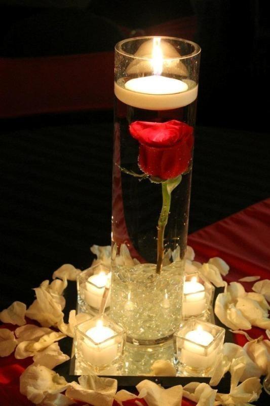 single-flower-wedding-centerpieces 79+ Insanely Stunning Wedding Centerpiece Ideas