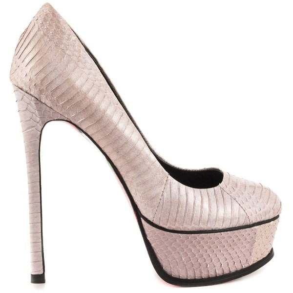 snakeskin-shoes-8 11+ Catchiest Spring / Summer Shoe Trends for Women 2020
