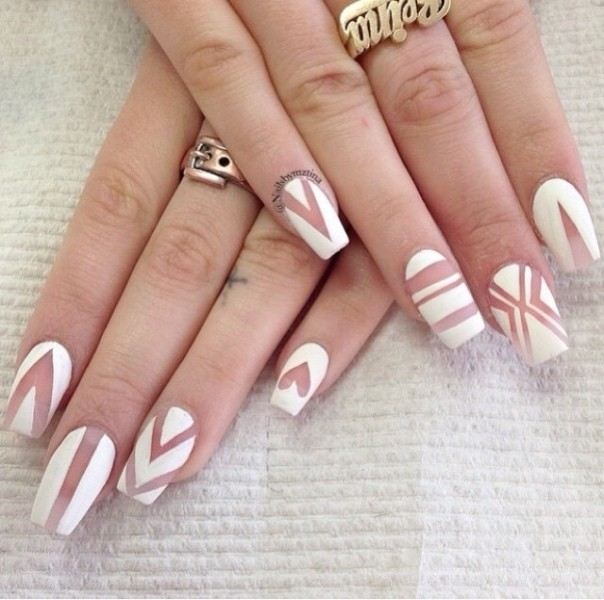 striped-nails-15 16+ Lovely Nail Polish Trends for Spring & Summer 2020