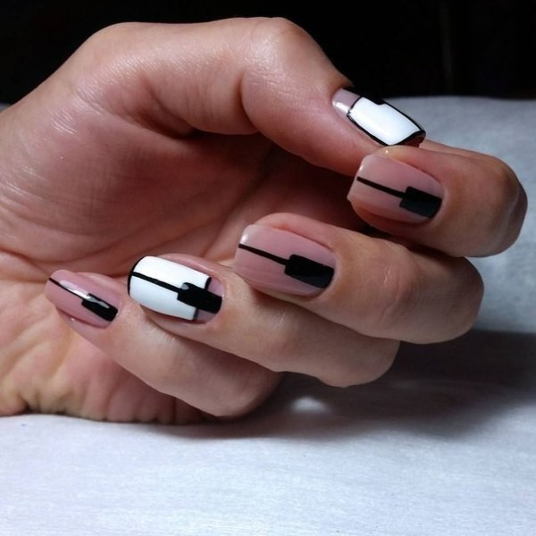striped-nails-18 16+ Lovely Nail Polish Trends for Spring & Summer 2018