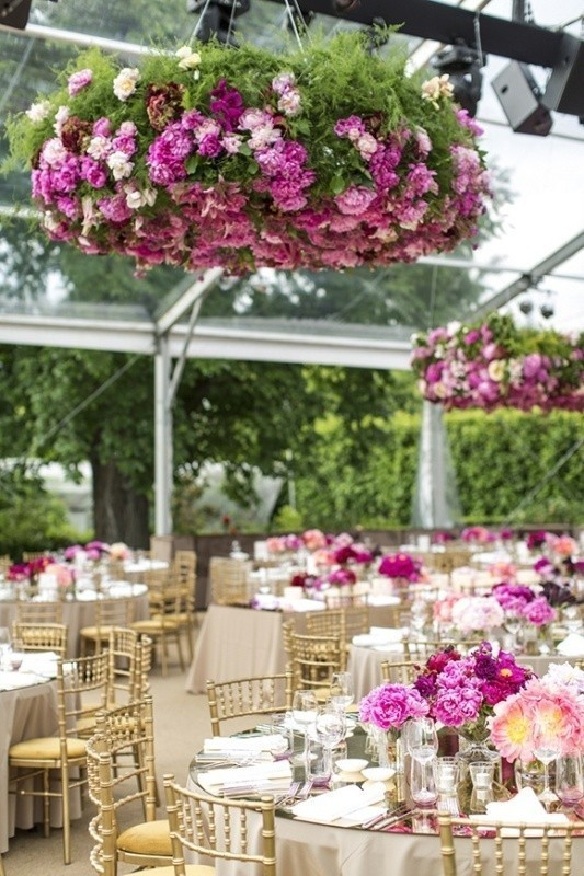 suspended-wedding-centerpieces-1 11 Tips on Mixing Antique and Modern Décor Styles