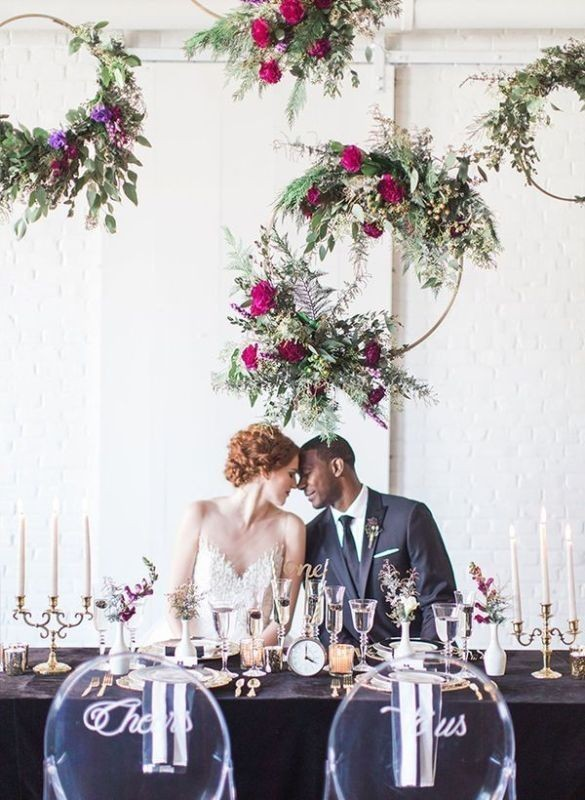 suspended-wedding-centerpieces-4 79+ Insanely Stunning Wedding Centerpiece Ideas