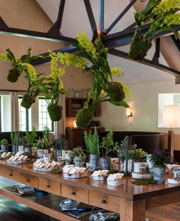 suspended-wedding-centerpieces-6 79+ Insanely Stunning Wedding Centerpiece Ideas
