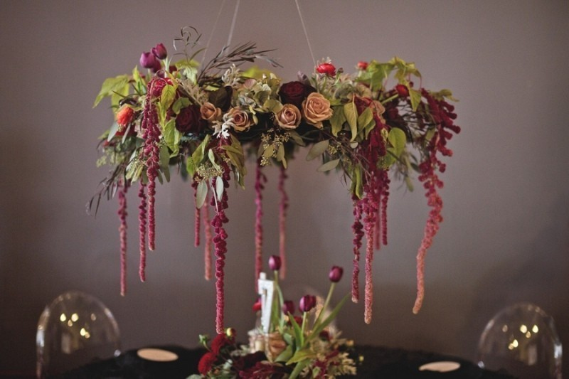 suspended-wedding-centerpieces-8 11 Tips on Mixing Antique and Modern Décor Styles