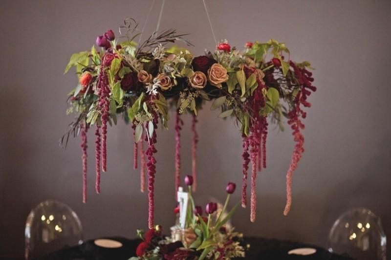 suspended-wedding-centerpieces-8 79+ Insanely Stunning Wedding Centerpiece Ideas