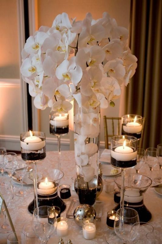 tall-wedding-centerpieces-11 11 Tips on Mixing Antique and Modern Décor Styles