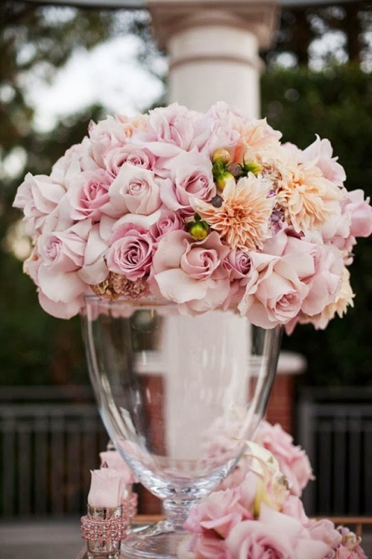 tall-wedding-centerpieces-16 11 Tips on Mixing Antique and Modern Décor Styles