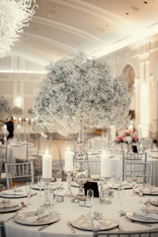 tall-wedding-centerpieces-17 11 Tips on Mixing Antique and Modern Décor Styles