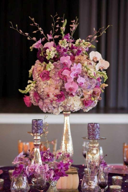 tall-wedding-centerpieces-23 11 Tips on Mixing Antique and Modern Décor Styles