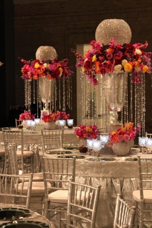 tall-wedding-centerpieces-26 11 Tips on Mixing Antique and Modern Décor Styles