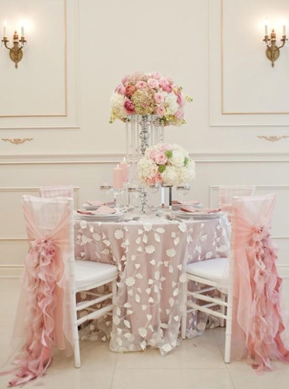 tall-wedding-centerpieces-28 79+ Insanely Stunning Wedding Centerpiece Ideas