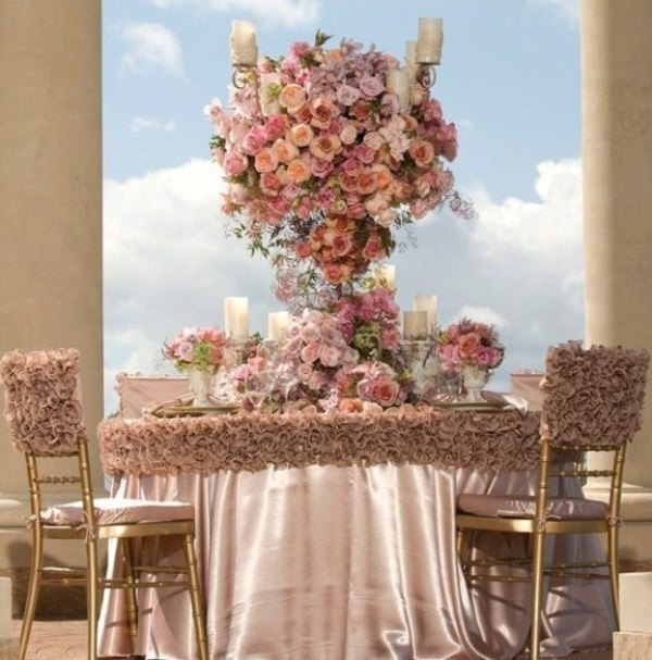 tall-wedding-centerpieces-30 11 Tips on Mixing Antique and Modern Décor Styles