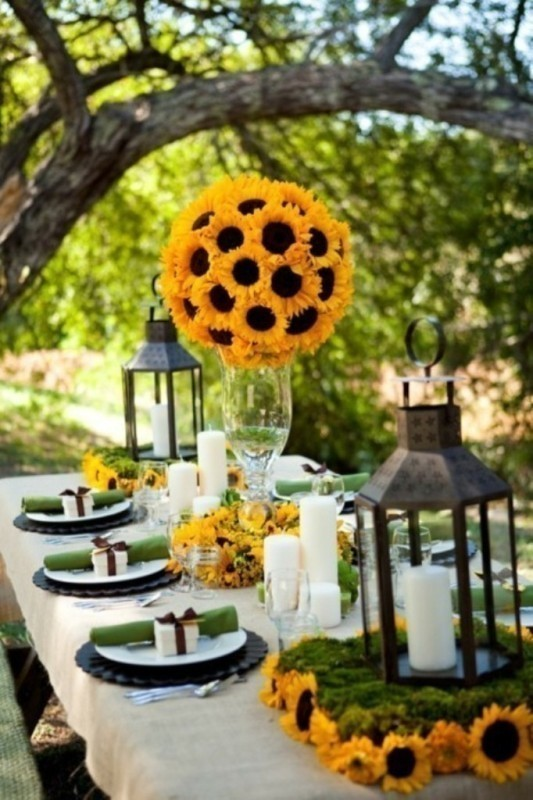 tall-wedding-centerpieces-7 11 Tips on Mixing Antique and Modern Décor Styles