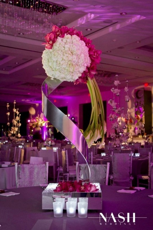 tall-wedding-centerpieces-9 11 Tips on Mixing Antique and Modern Décor Styles