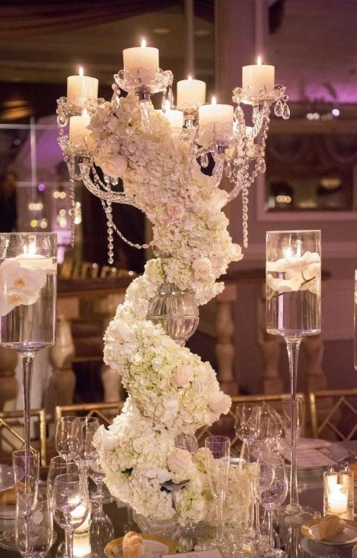 tall-wedding-centerpieces 11 Tips on Mixing Antique and Modern Décor Styles