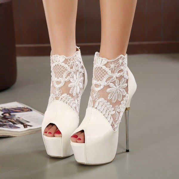 thin-heels-19 11+ Catchiest Spring & Summer Shoe Trends for Women 2017