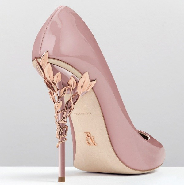 thin-heels-20 11+ Catchiest Spring / Summer Shoe Trends for Women 2020