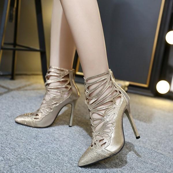 thin-heels-21 11+ Catchiest Spring / Summer Shoe Trends for Women 2020
