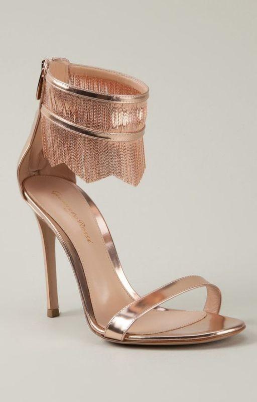 thin-heels-6 11+ Catchiest Spring / Summer Shoe Trends for Women 2020