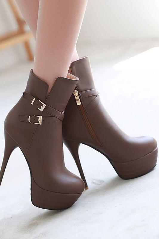 thin-heels-8 11+ Catchiest Spring / Summer Shoe Trends for Women 2020