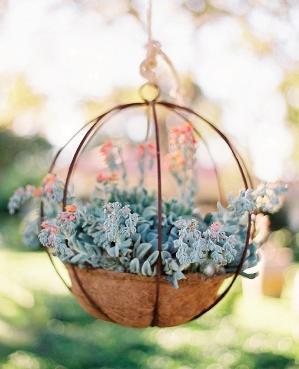using-trees-for-decoration-14 82+ Awesome Outdoor Wedding Decoration Ideas