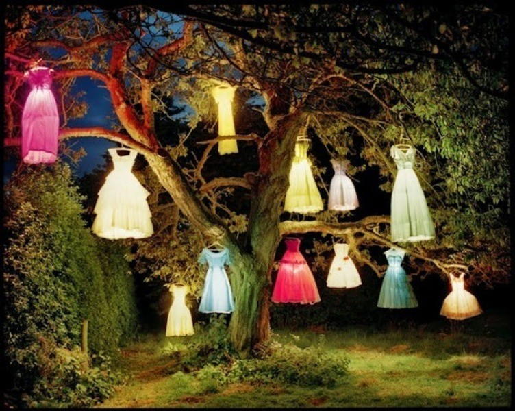 using-trees-for-decoration-17 82+ Awesome Outdoor Wedding Decoration Ideas