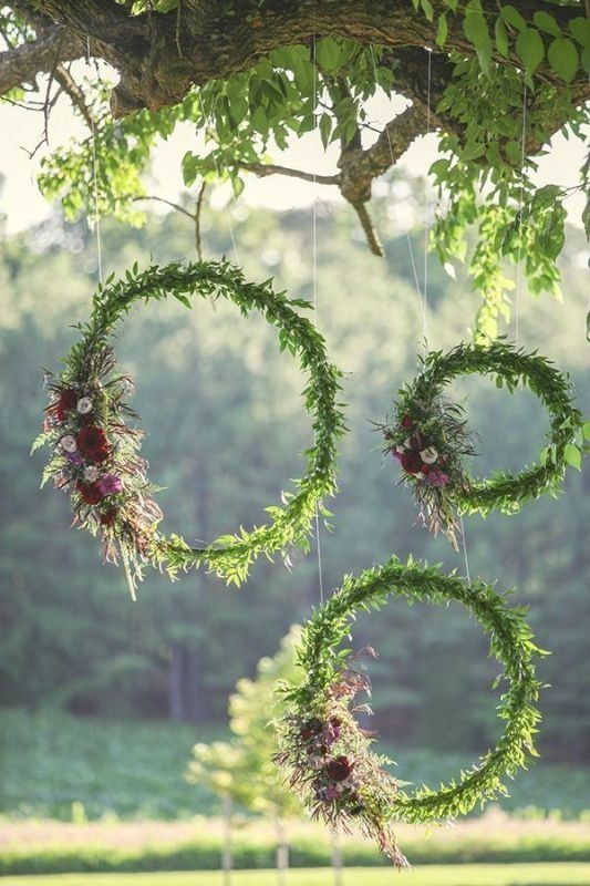 using-trees-for-decoration-6 82+ Awesome Outdoor Wedding Decoration Ideas