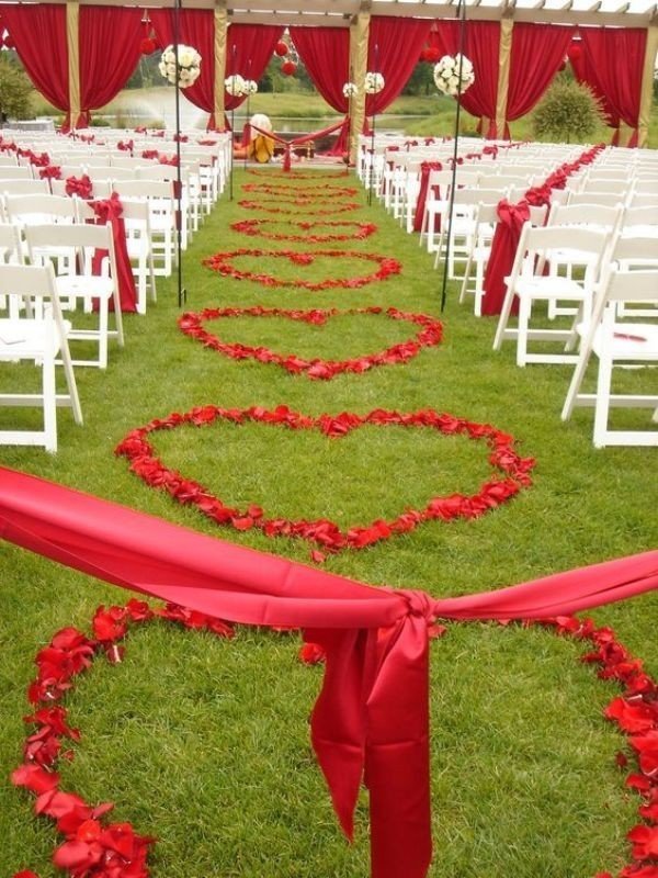 wedding-aisle-decoration-ideas-24 82+ Awesome Outdoor Wedding Decoration Ideas