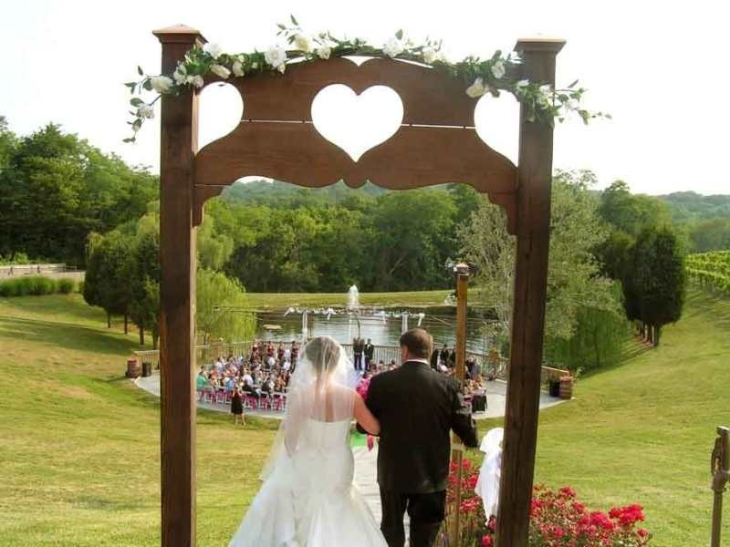 wedding-arch-and-backdrop-decoration-ideas-25 82+ Awesome Outdoor Wedding Decoration Ideas