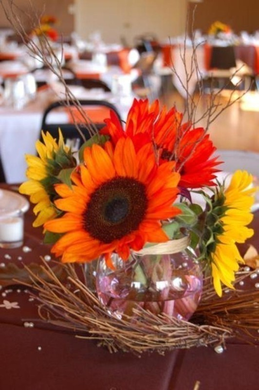 wedding-centerpiece-ideas-1 11 Tips on Mixing Antique and Modern Décor Styles