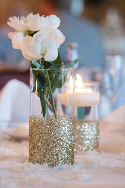 wedding-centerpiece-ideas-11 11 Tips on Mixing Antique and Modern Décor Styles