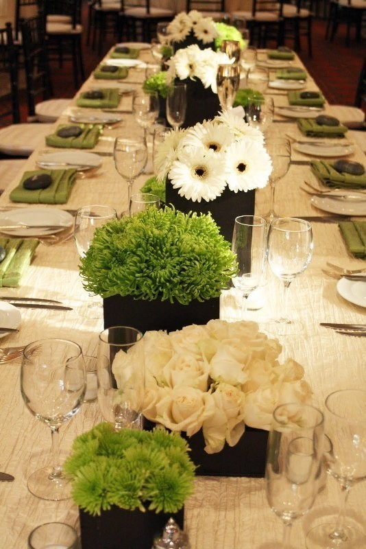 wedding-centerpiece-ideas-19 11 Tips on Mixing Antique and Modern Décor Styles
