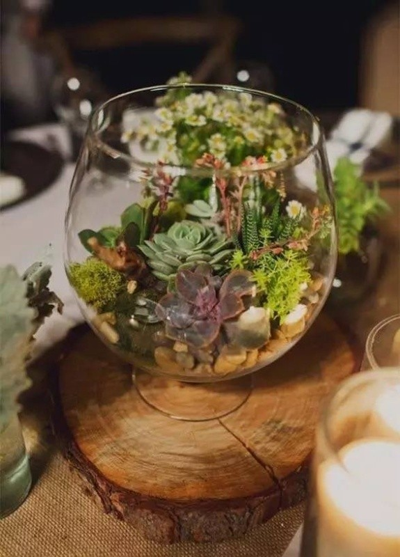 wedding-centerpiece-ideas-23 11 Tips on Mixing Antique and Modern Décor Styles